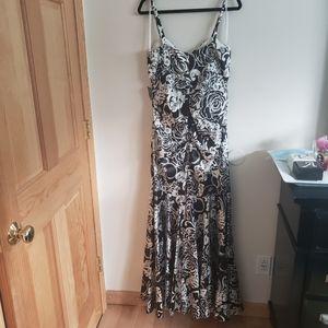 Xscape Black & White Floral Dress NWT